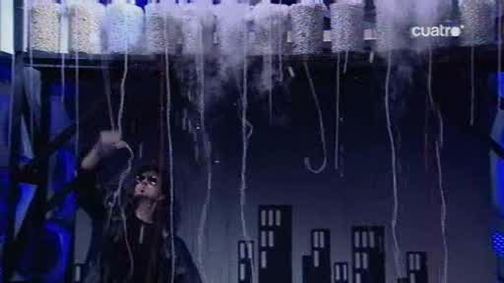 El Hombre de Negro desata una tormenta en El Hormiguero