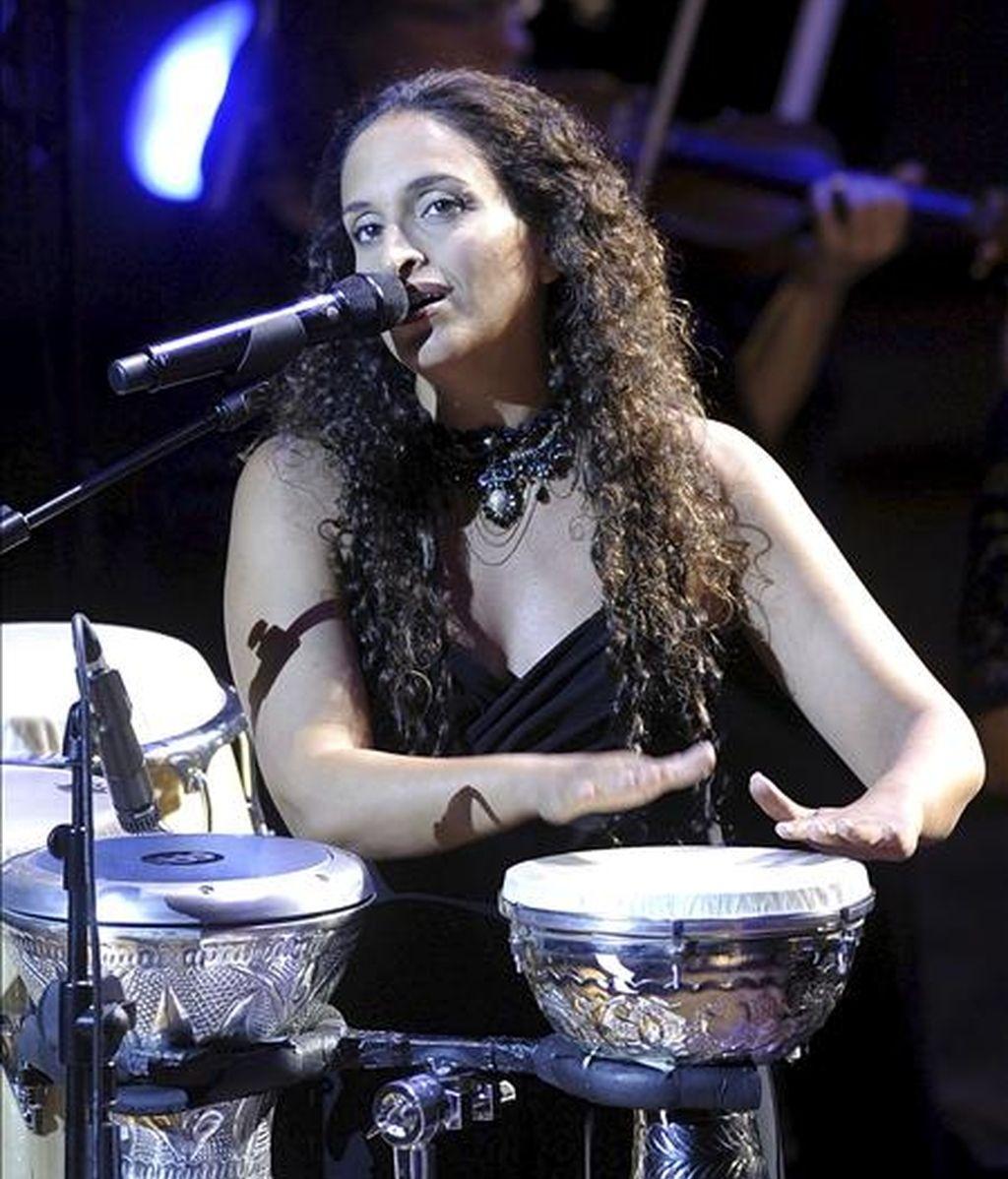 Noa pasará por Uruguay para dar un único concierto benéfico, organizado por la embajada de Israel y la Comunidad Israelita del país, cuya recaudación se destinará al área de discapacidad de la institución judía. EFE/Archivo