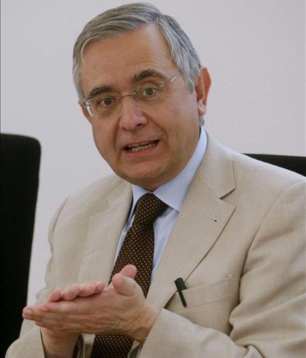 El portavoz de la Agencia Estatal de Meteorología (Aemet), Ángel Rivera, durante la rueda de prensa que ofreció hoy en Madrid para informar sobre las predicciones para el verano. EFE