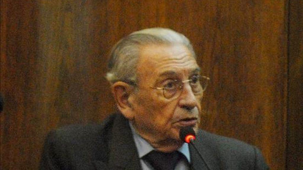 El general retirado argentino Jorge Olivera comparece ante el tribunal, en Buenos Aires (Argentina), donde se negó a declarar en la segunda audiencia del juicio que se sigue en su contra por delitos de lesa humanidad cometidos durante la última dictadura. EFE
