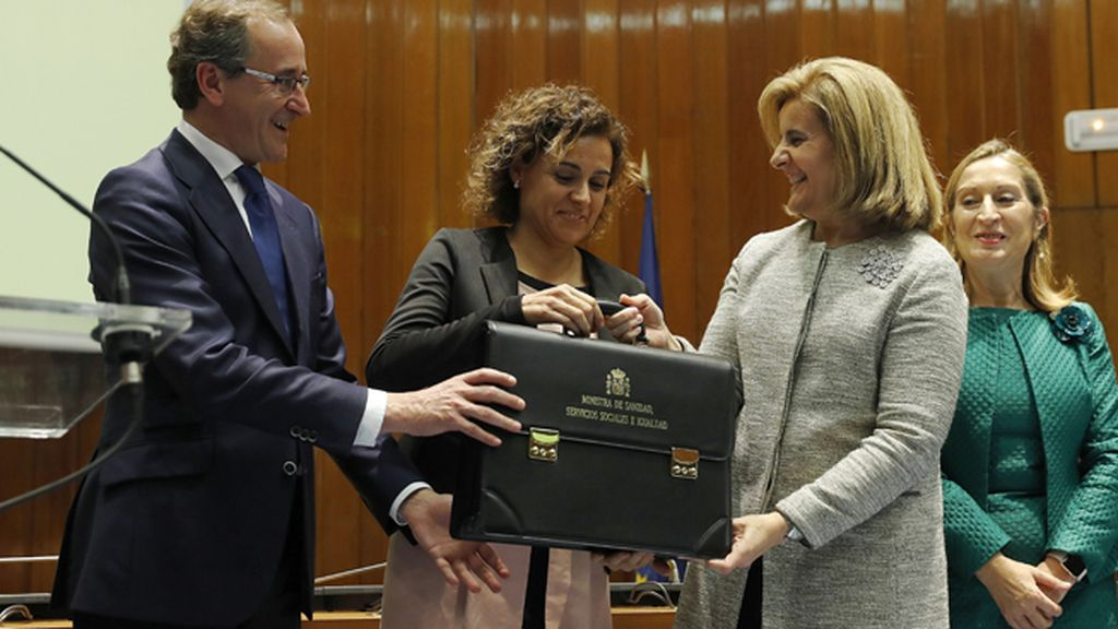 Dolors Montserrat asume el Ministerio de Sanidad, Asuntos Sociales e Igualdad