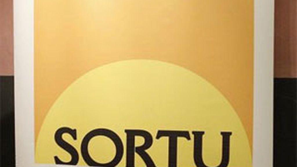 El grupo de mediadores internacionales liderados por el abogado sudafriano Brian Currin piden la legalización de Sortu. Foto: EFE