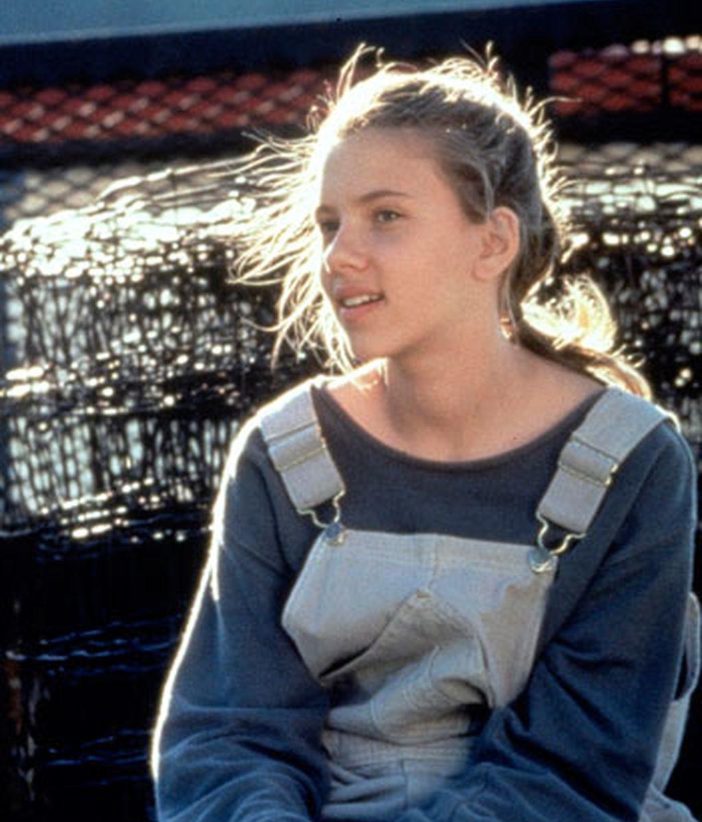 Scarlett Johansson (1998)