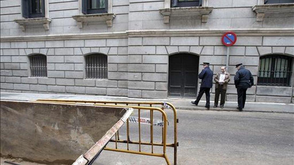 Este martes encontraron restos humanos en los sótanos del Congreso. Video: Informativos Telecinco.