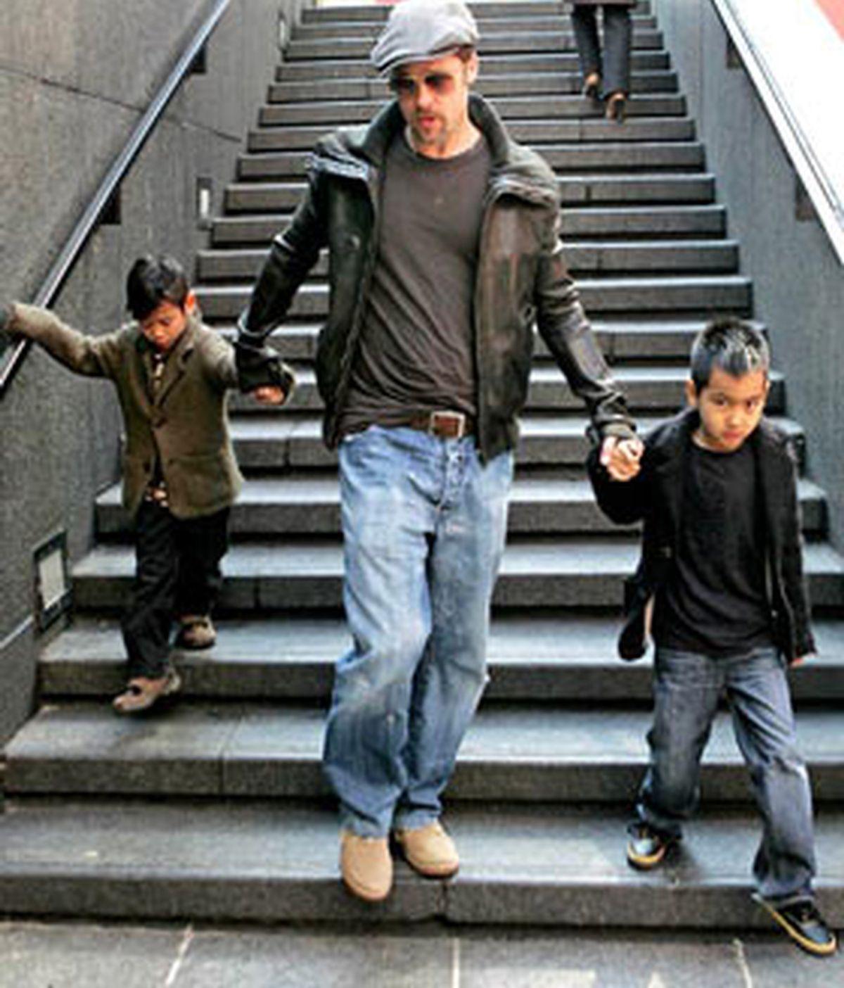 Piit, con dos de sus hijos en una imagen de archivo.