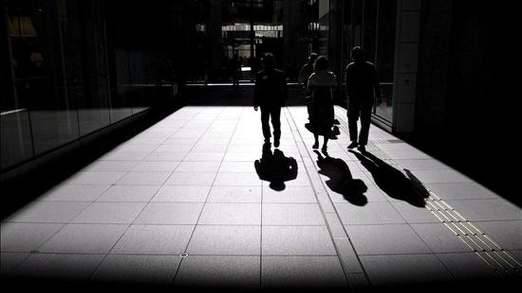 La cifra de personas registradas oficialmente como desempleadas subió de 12,467 millones en febrero a 13,161 millones en marzo. EFE/Archivo