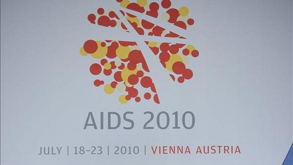 Logotipo de la XVIII Conferencia Internacional SIDA, que se celebra en Viena. EFE/Archivo