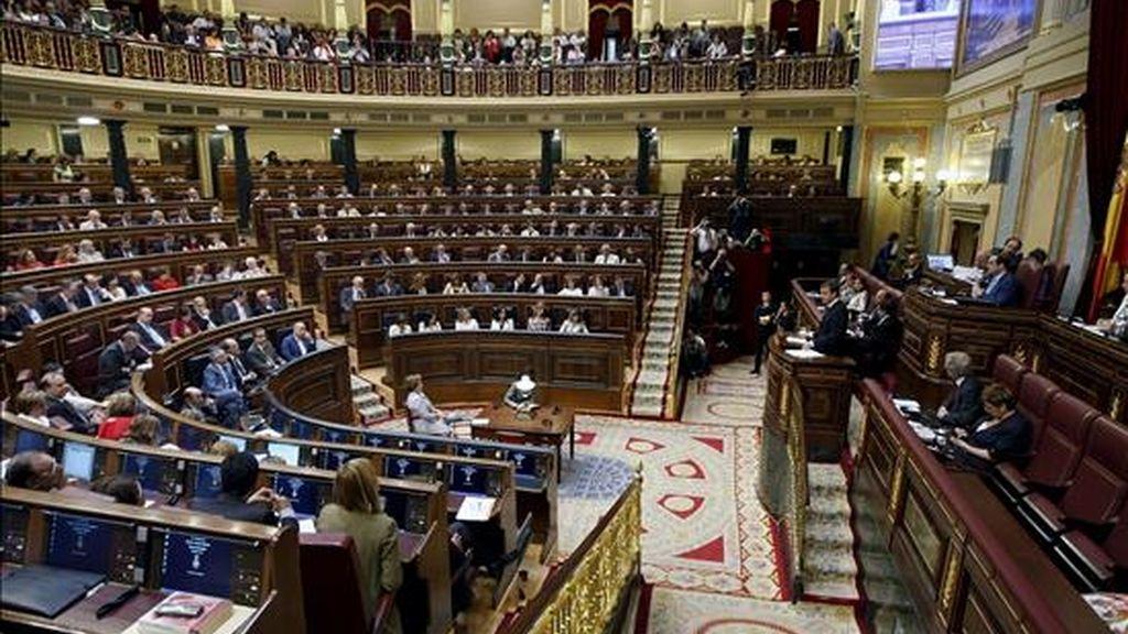 Vista del hemiciclo durante la intervención del presidente del Gobierno, José Luís Rodríguez Zapatero, en el Congreso con motivo del debate del estado de la nación. EFE/Archivo