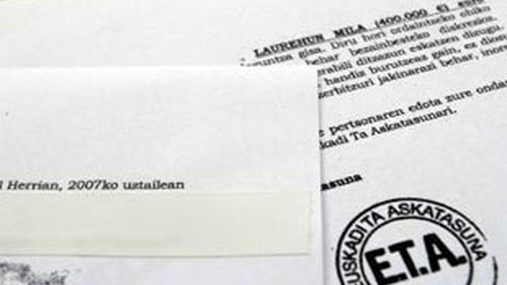 ETA ha anunciado el fin de la extorsión a empresarios en dos cartas a las patronales vasca y navarra. Vídeo: ATLAS.