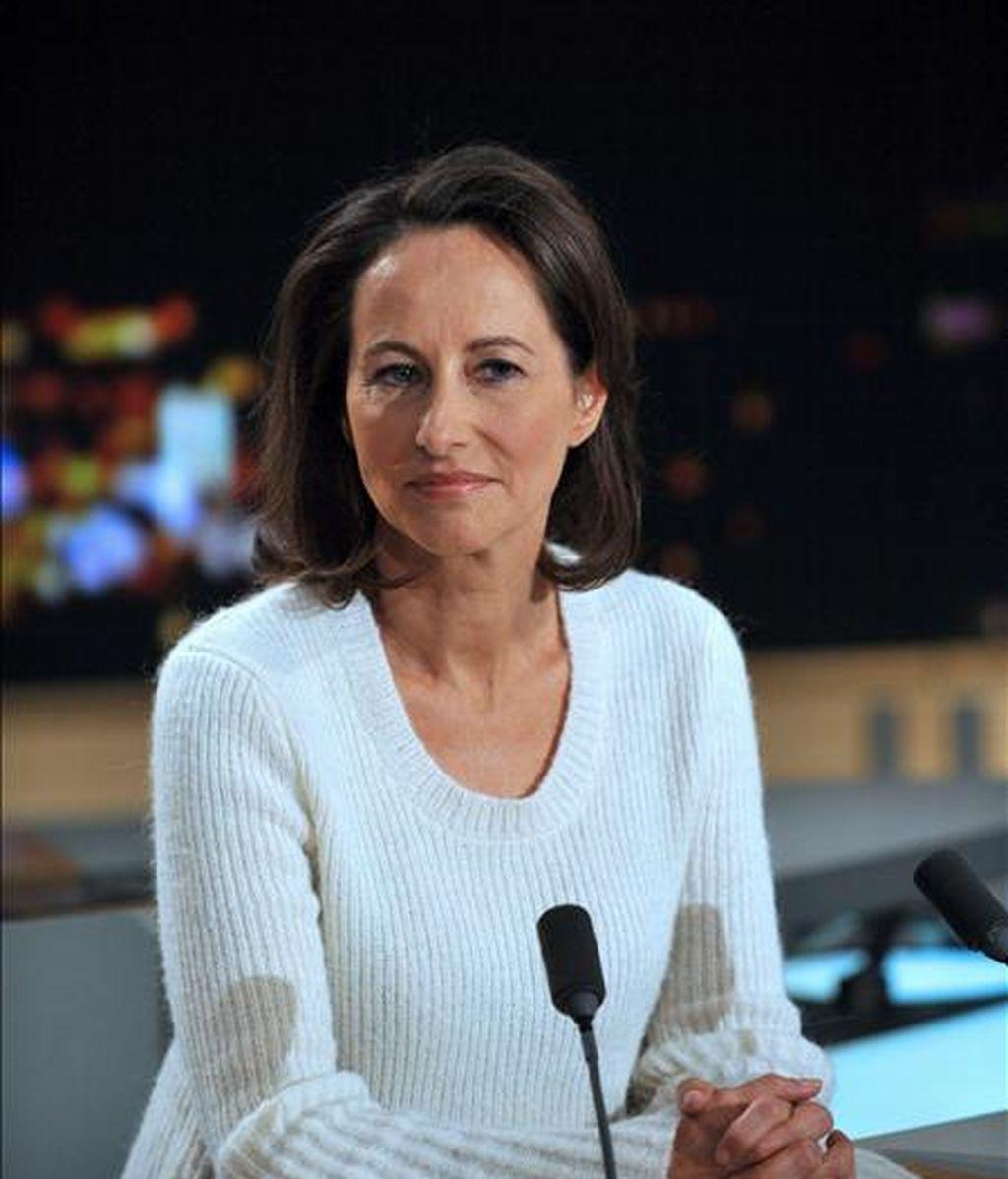 La ex candidata socialista a la presidencia de Francia Segolene Royal en noviembre pasado en el set del noticiero de la cadena de televisión TF1. EFE/Archivo