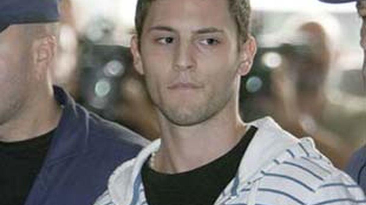 Samuel Benítez durante una de sus comparecencias en los juzgados de Sevilla.
