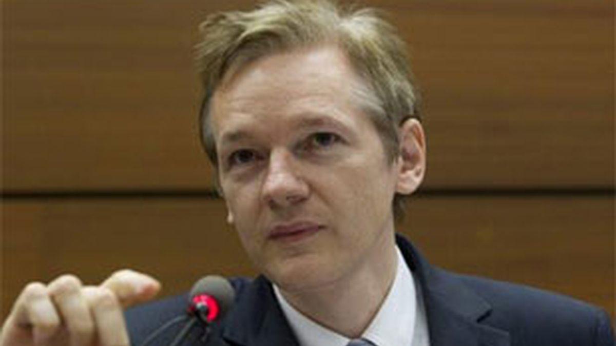Imagen de archivo del fundador de Wikileaks, Julian Assange. Vídeo: Informativos Telecinco
