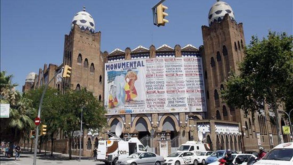Imagen tomada de la Plaza de Toros Monumental de Barcelona en una jornada en la que el Parlament Catalán aprobó la Iniciativa Legislativa Popular (ILP) a favor de la supresión de los festejos taurinos en Cataluña. EFE
