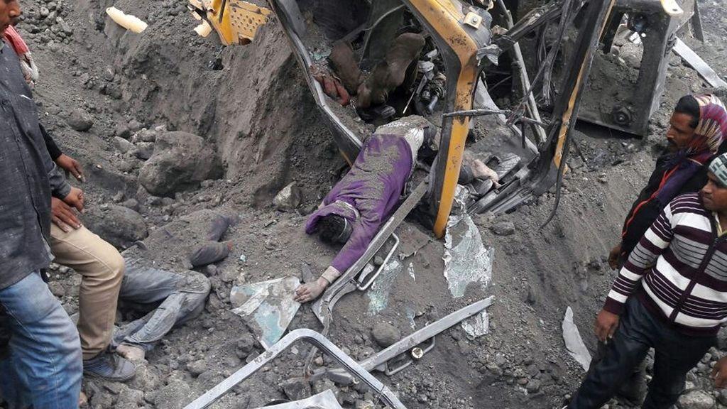 Al menos seis muertos en el derrumbe de una mina de carbón en la India