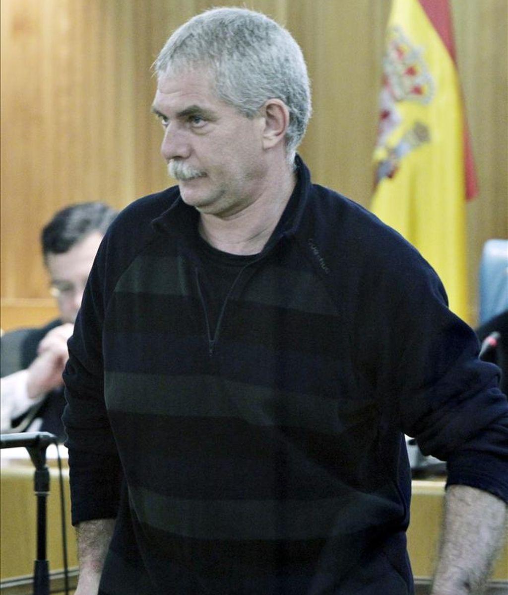 """El etarra Luis Enrique Gárate Galarza, alias """"Zorro"""", en la Audiencia Nacional, donde desde hoy se le juzga por el secuestro del industrial Lucio Aguinagalde en 1986. EFE"""
