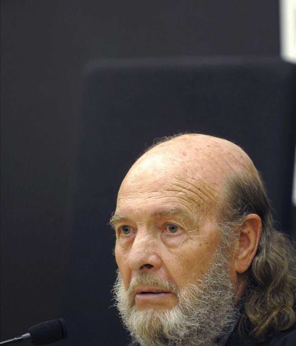 El compositor Claudio Prieto, durante la presentación esta mañana en Valladolid de la Asociación de Compositores e Intérpretes de Castilla y León. EFE