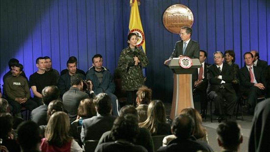 """La """"Operación Jaque"""" permitió el rescate, además, de once policías y militares el pasado 2 de julio y los jefes militares colombianos aseguran que fue realizada totalmente por uniformados locales. EFE/Archivo"""
