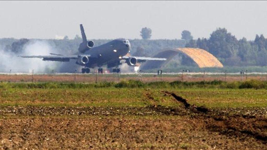 En la imagen un avión cisterna KC-10 de las Fuerzas Aéreas de EE.UU. EFE/Archivo
