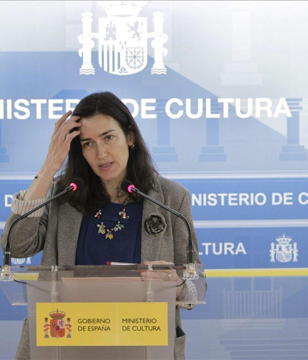 La ministra de Cultura, Ángeles González-Sinde durante durante una rueda de prensa el 11 de abril de 2011. EFE
