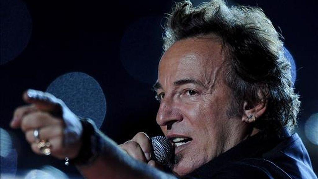El músico estadounidense Bruce Springsteen durante su presentación en el medio tiempo de la edición 43 del Super Tazón de la NFL del fútbol americano el pasado 1 de febrero, en Tampa, Florida (EE.UU.). EFE