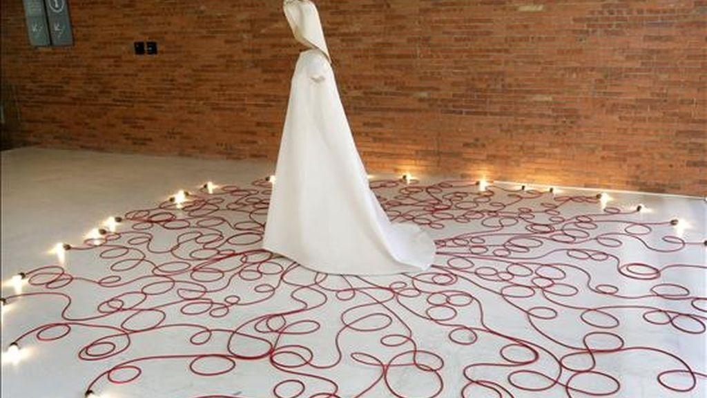 """Imagen de uno de los diseños de la exposición """"Balenciaga. El diseño del límite"""", que se ha celebrado en el Museo de Bellas Artes de Bilbao. EFE/Archivo"""
