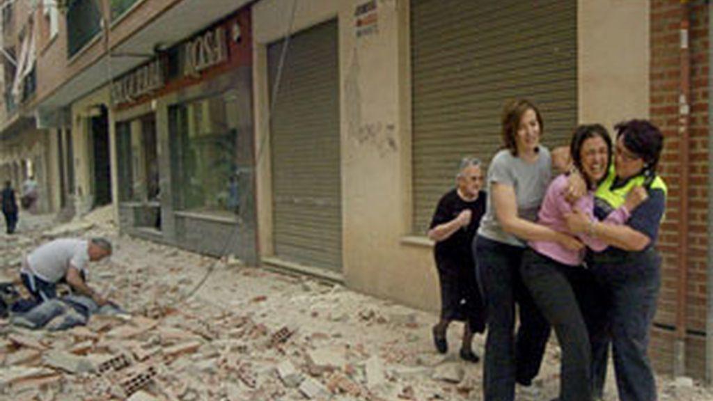 Los terremotos de Murcia dejan nueve muertos y más de un centenar de heridos. Vídeo: Informativos Telecinco