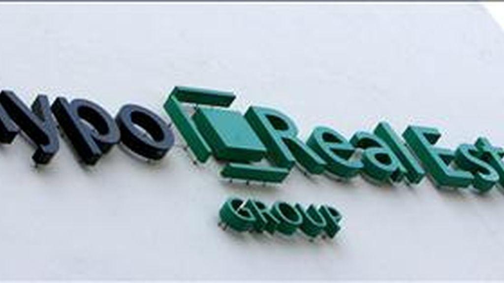 Logo del banco Hypo Real Estate (HRE), entidad que aglutina a varios bancos estatales, en Munich (Alemania). EFE/Archivo