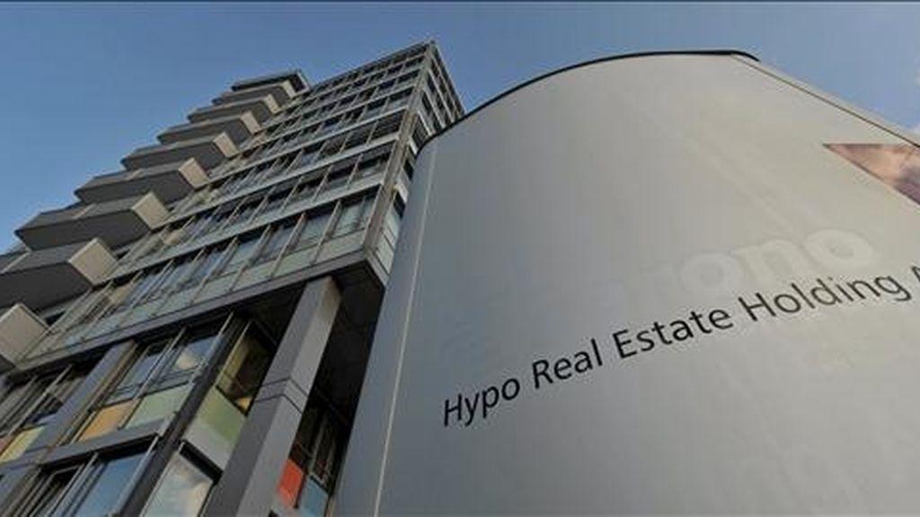 Exterior de la sede del Hypo Real Estate, en la localidad alemana de Unterschleissheim. EFE/Archivo