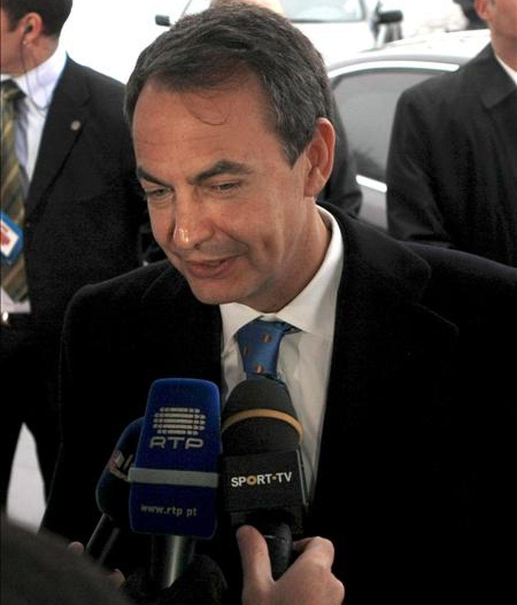 El presidente del gobierno español, José Luis Rodríguez Zapatero, se dirige a los medios de comunicación. EFE