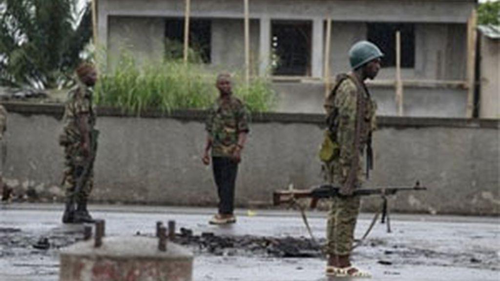 Continúan los enfrentamientos entre los leales a Gbagbo y Ouattara. Foto: AP.