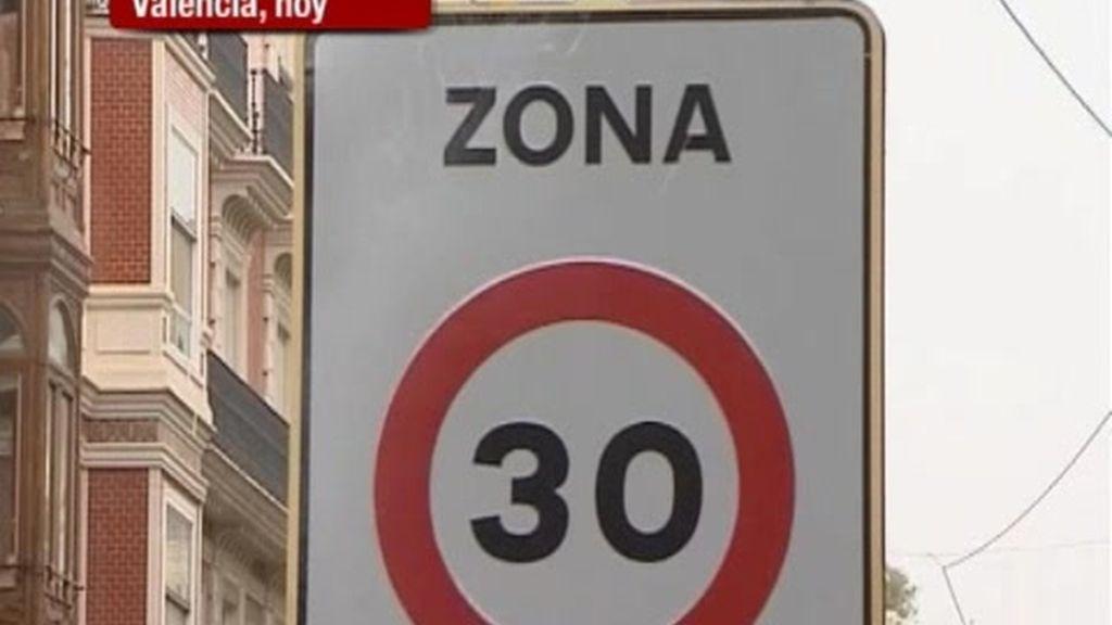 Prohibido circular a más de 30 kilómetros por hora