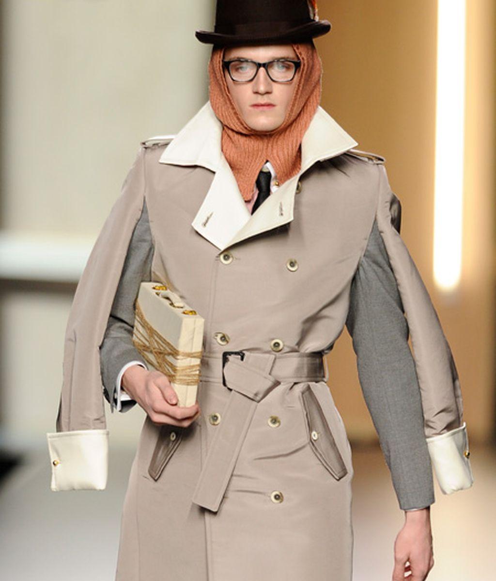 Modelos disfrazados de muñecos años 20
