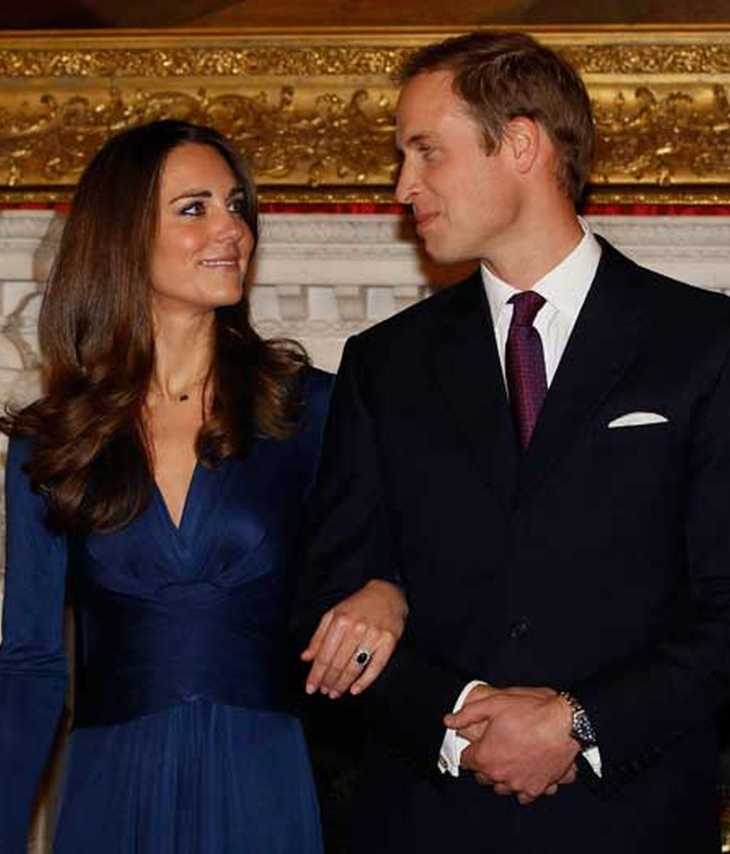El anillo de Lady Di sella el compromiso de Guillermo y Kate Middleton