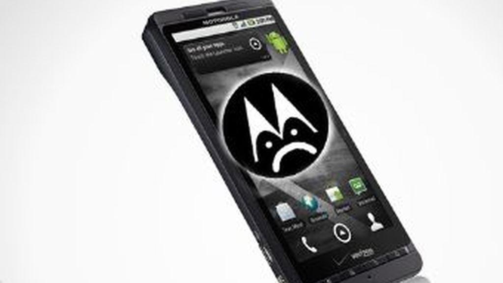 Los blogueros se han movilizado contra la última política de control de Motorola, una tecnología para inutilizar el smartphone si le modficas el sistema operativo.