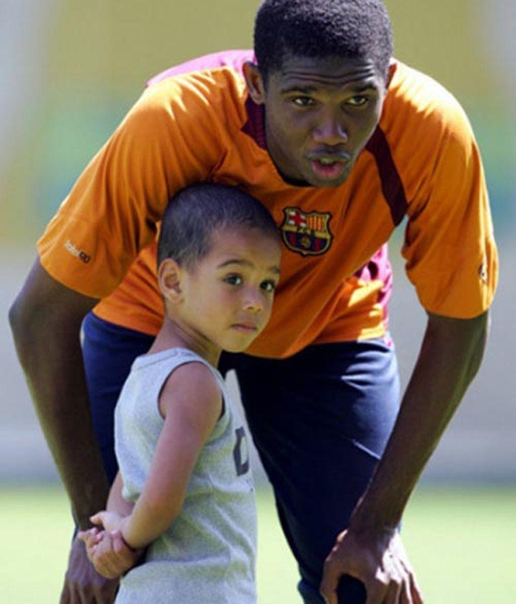 Samuel Eto'o es padre de un niño