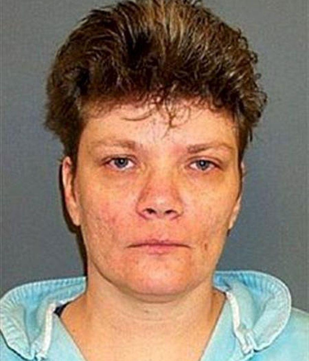 Imagen sin fechar de la condenada a muerte Teresa Lewis facilitada por el Departamento Correccional de Virginia. Lewis fue sentenciada y condenada en 2002 por planear asesinar a su marido y a su hijastro para cobrar un seguro de vida de 350.000 dólares. EFE/Archivo