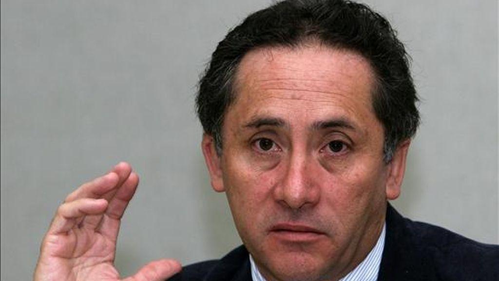 El ministro coordinador de Seguridad Interna y Externa de Ecuador, Miguel Carvajal. EFE/Archivo