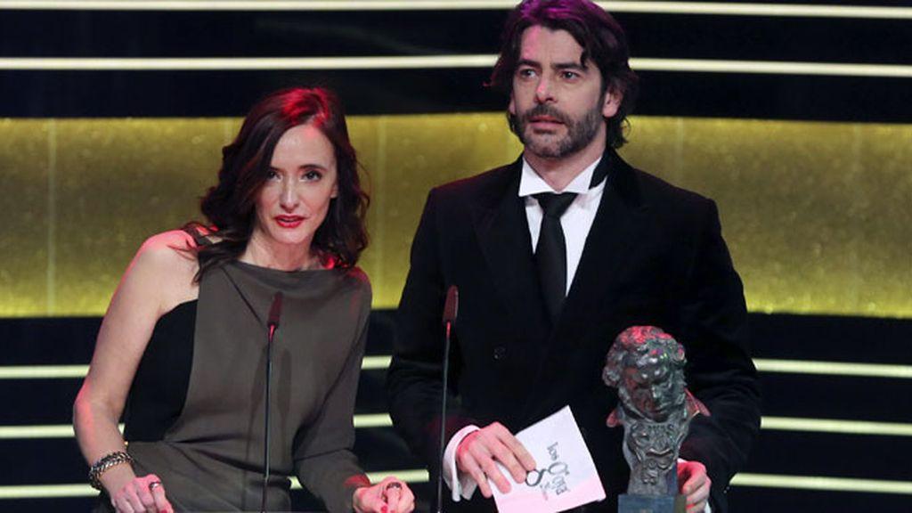 Los actores Ana Torrent y Eduardo Noriega durante la gala de los Goya