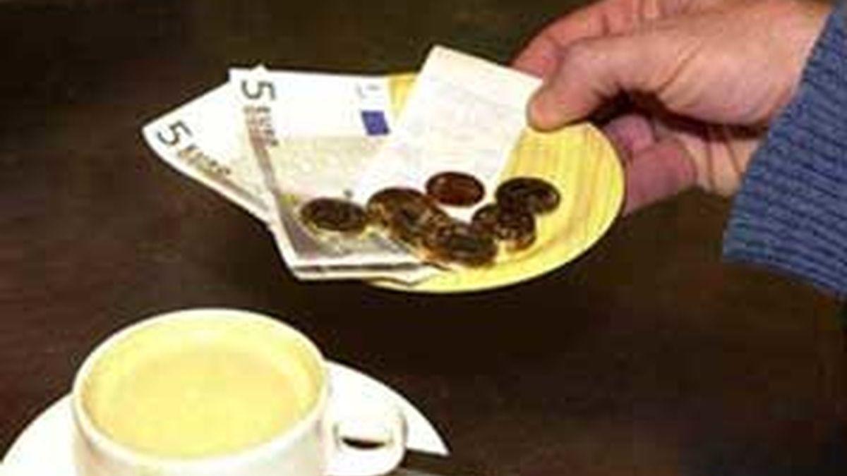 La inflación vuelve a tasas positivas. Vídeo: Informativos Telecinco.