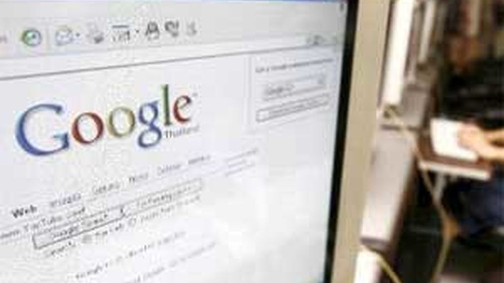 Google podría ver cómo le imponen pagar una tasa por usar las redes de Telefónica o Vodafone. Foto: Archivo.
