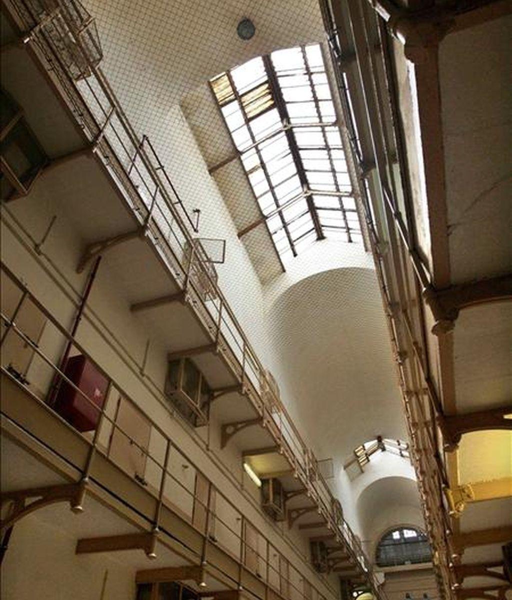Vista de una galería número de la Cárcel Modelo de Barcelona. Los funcionarios de prisiones se manifiestan hoy para pedir mejoras laborales. EFE/Archivo