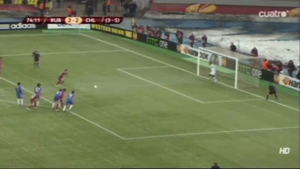 Natcho marca el tercero de penalti