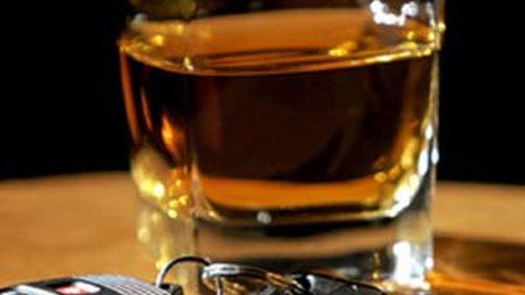 Según el Eurobarómetro, los conductores españoles tienden a  minimizar los riesgos del alcohol al volante.