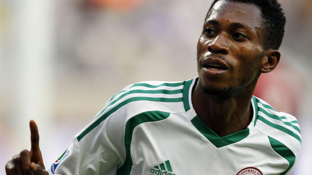 Gol: Tahití 1-5 Nigeria (min.76)
