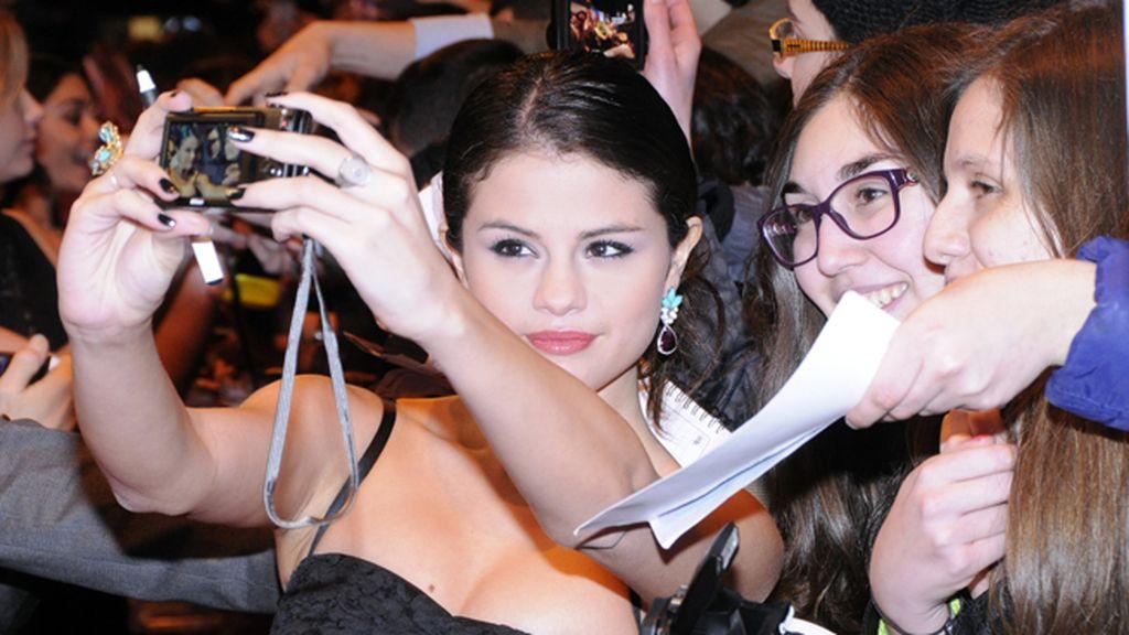 Algunas de las fans incluso vieron cumplido su sueño de fotografiarse junto a Selena