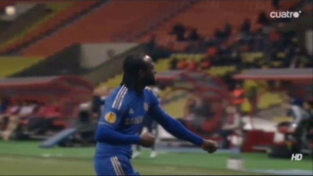 Moses hace el segundo del Chelsea en Rusia