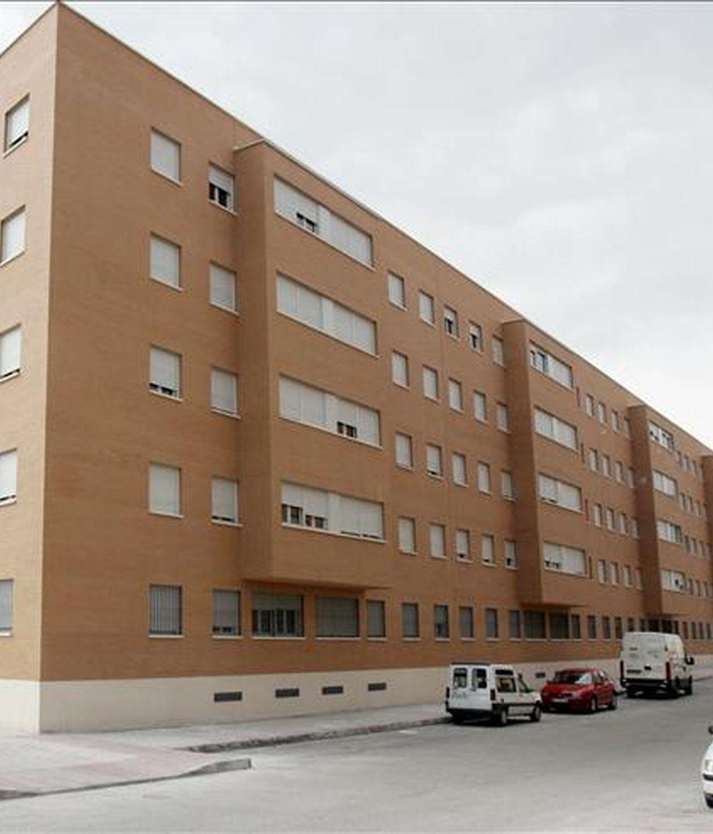 En la imagen, una edificio de viviendas. EFE/Archivo