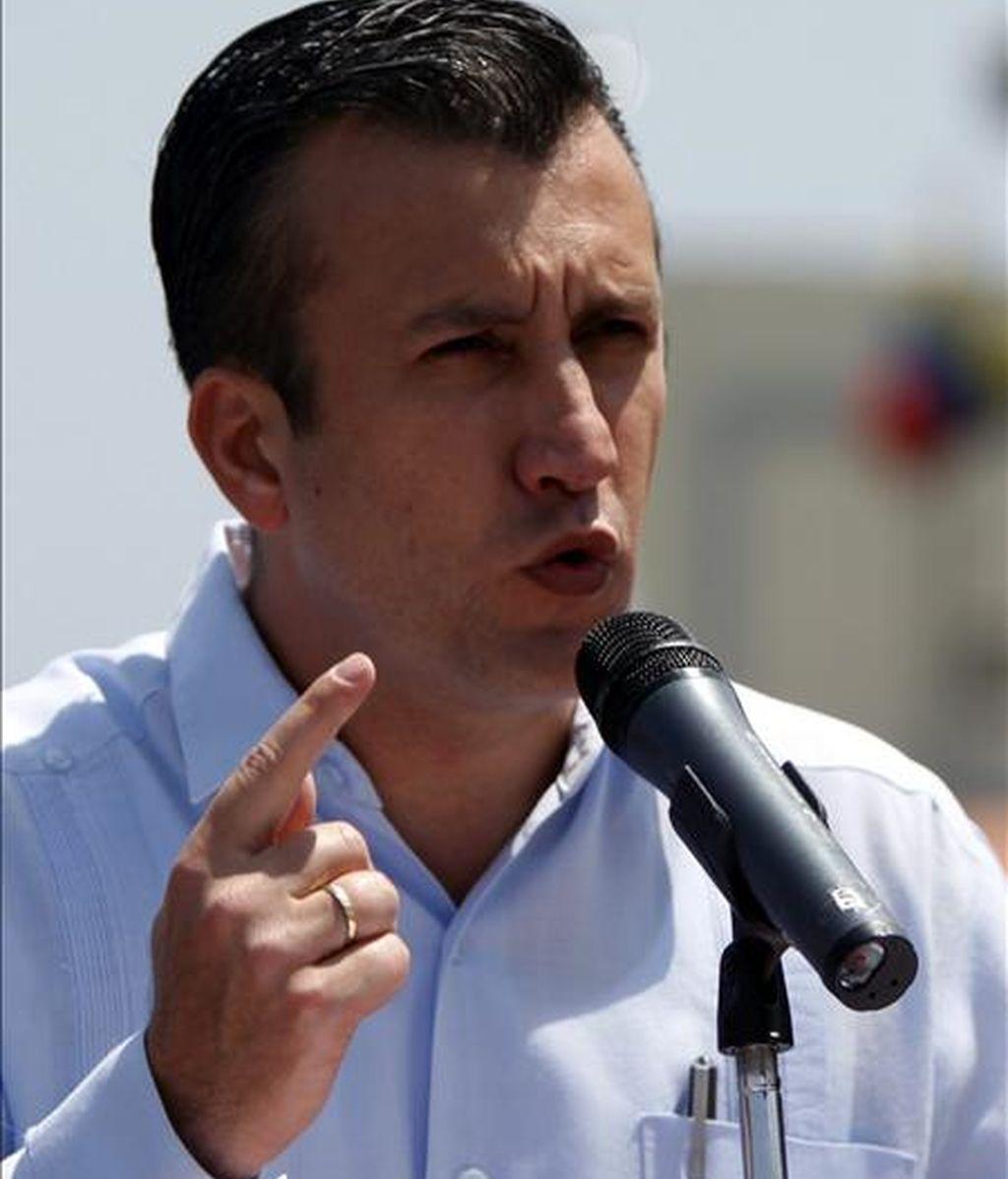 """El ministro del Interior, Tarek El Aissami, dijo que la entrega de estas personas forma parte de los """"resultados irrefutables"""" en la lucha antidroga del Gobierno del presidente Hugo Chávez. EFE/Archivo"""