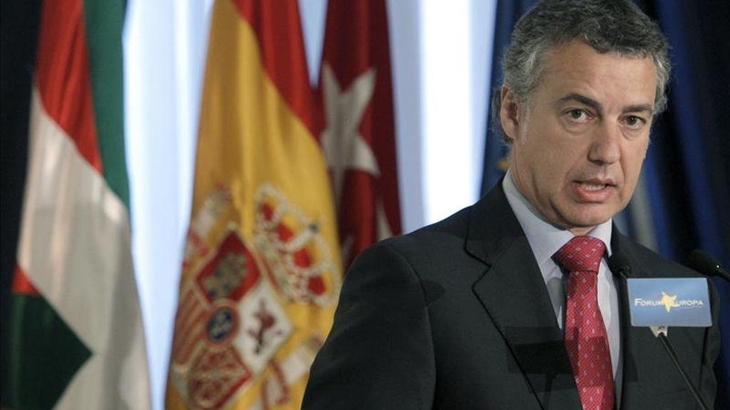 El presidente del PNV, Iñigo Urkullu, durante su intervención hoy en Madrid en un desayuno informativo de Nueva Economía Fórum. EFE