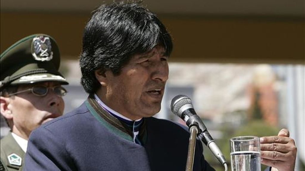 El supuesto mercenario Árpád Magyarosi, rumano de origen húngaro que supuestamente intentaba asesinar al presidente de Bolivia, Evo Morales, y fue  abatido el pasado día 16 en una operación antiterrorista en ese país sudamericano, fundó hace años un grupo paramilitar ultranacionalista húngaro. En la imagen, Morales al informar de la operación. EFE